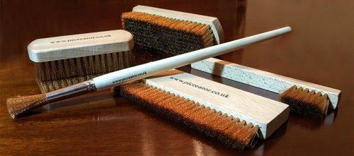 Brushes-800x353
